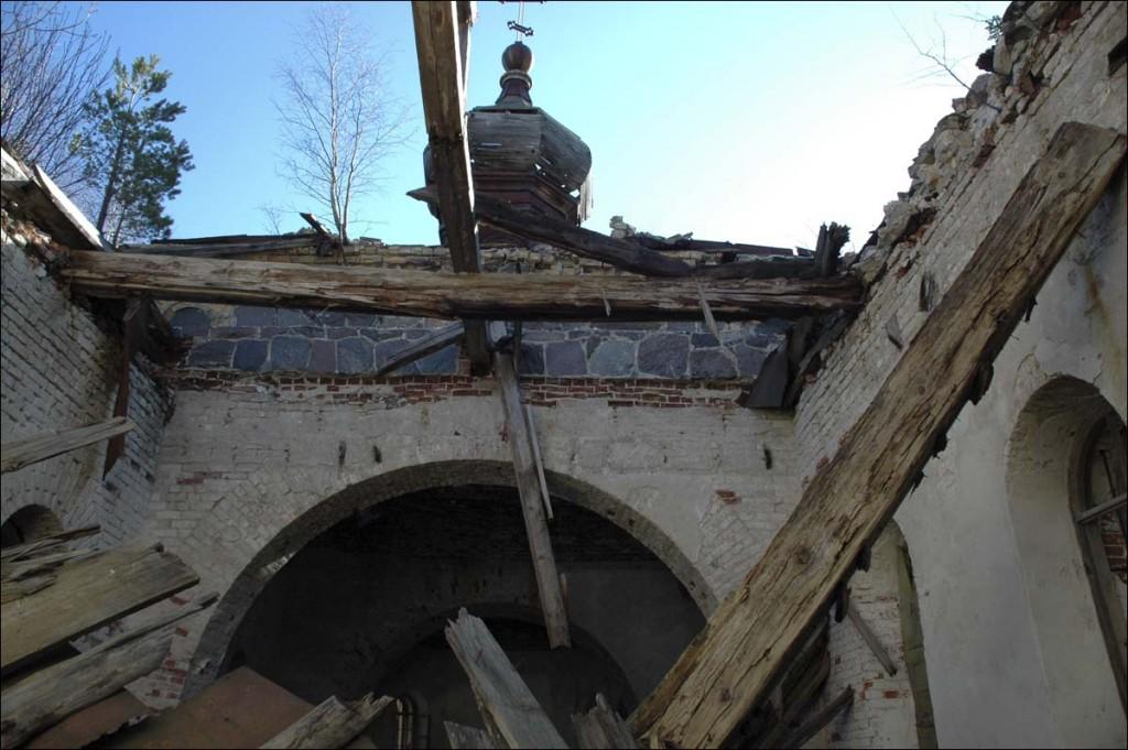 Kuri õigeusu kiriku varemed  Autor M. Mõniste  Kuupäev  01.04.2007