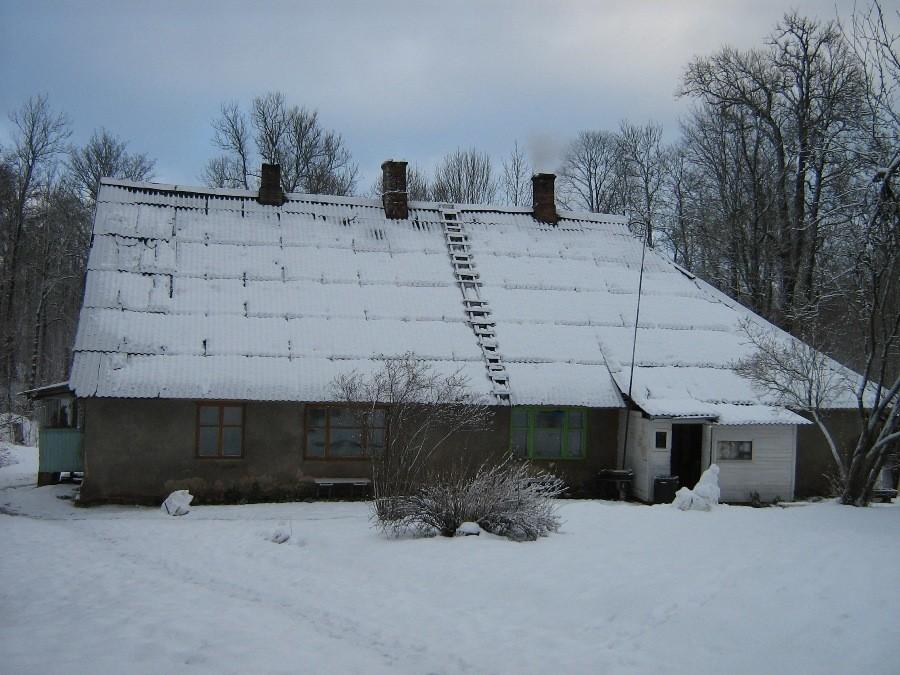 Heimtali mõisa moonakatemaja eestvaade Pildistas Anne Kivi 13.01.2012