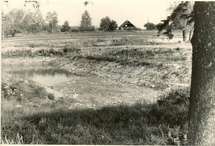 Ohvriallikas - edelast. Foto: H. Joonuks, 1975.
