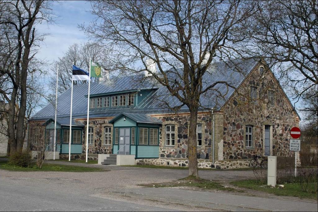 Käina vallamaja  Autor M. Mõniste  Kuupäev  25.04.2007