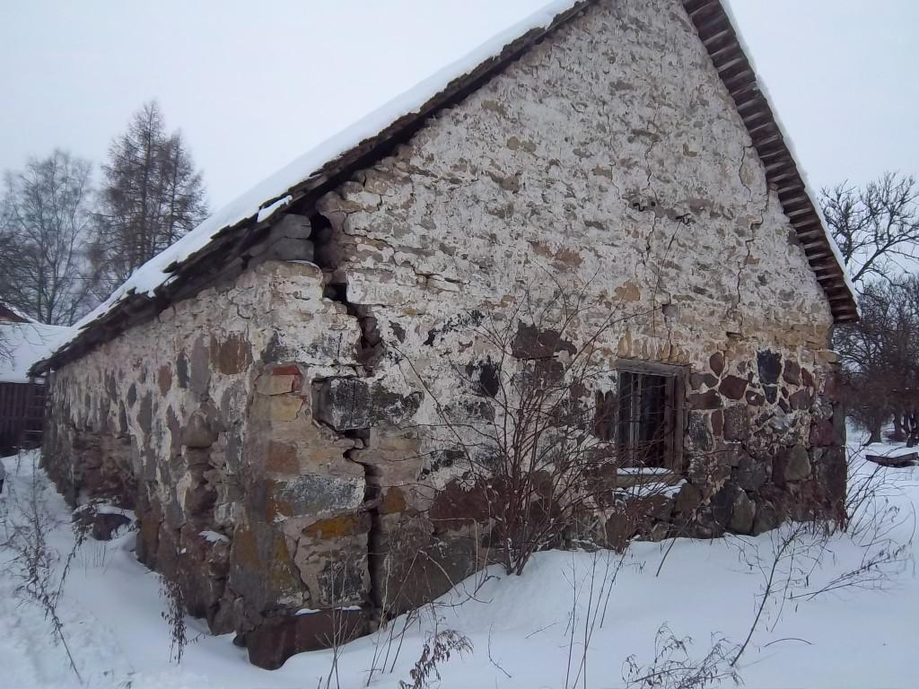 Vaade Lohu mõisa sepikojale viinavabriku poolt (vaade kirdest). K. Klandorf 21.02.2012