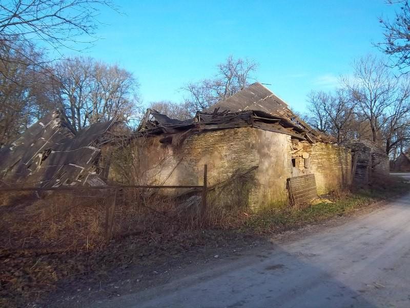 Vaade Rabivere mõisa tall-tõllakuurile. K. Klandorf 28.12.2011