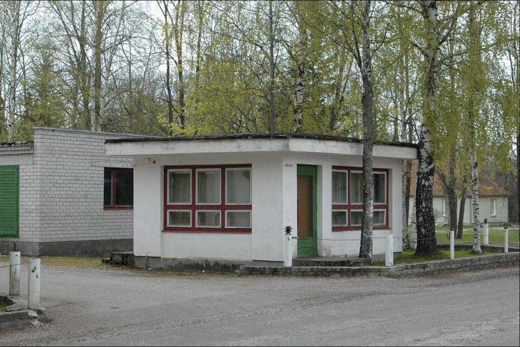 Väravahoone  Autor M. Mõniste  Kuupäev  13.05.2007
