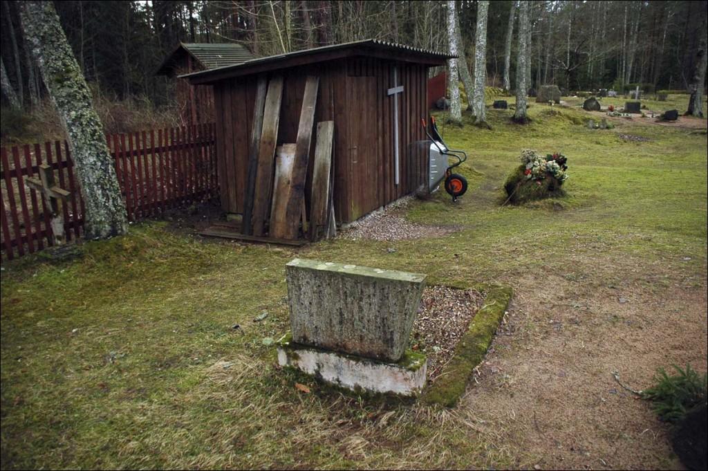 Puski kalmistu  Autor M. Mõniste  Kuupäev  18.01.2007