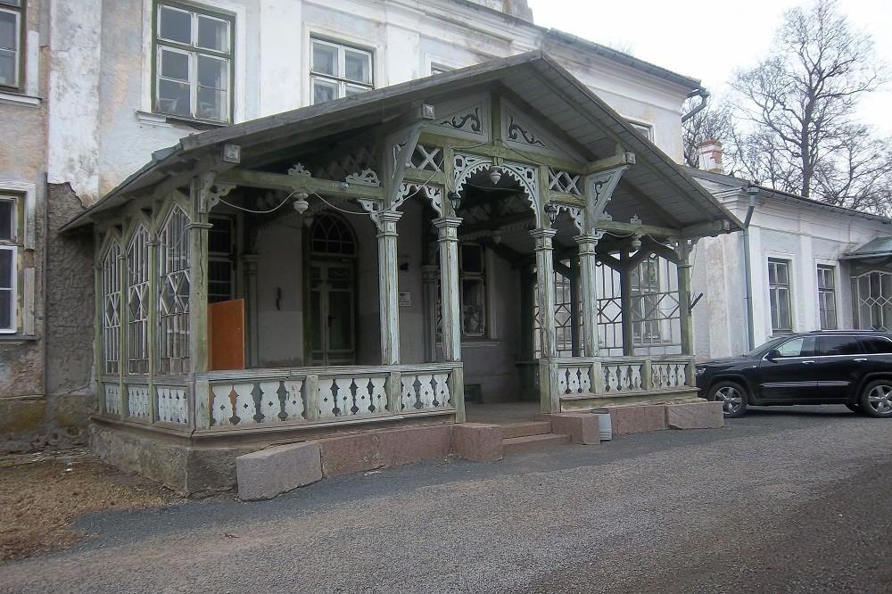 Peasisepääsu veranda, 16.04.2012.a. Foto: Kalle Merilai