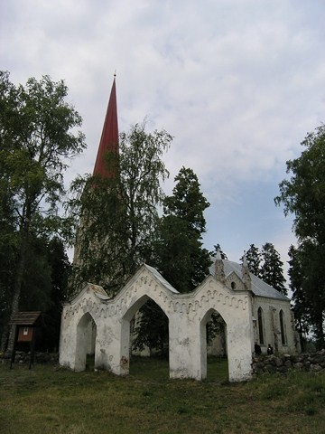 Lohusuu kirik. Foto: Kais Matteus 20.06.2008