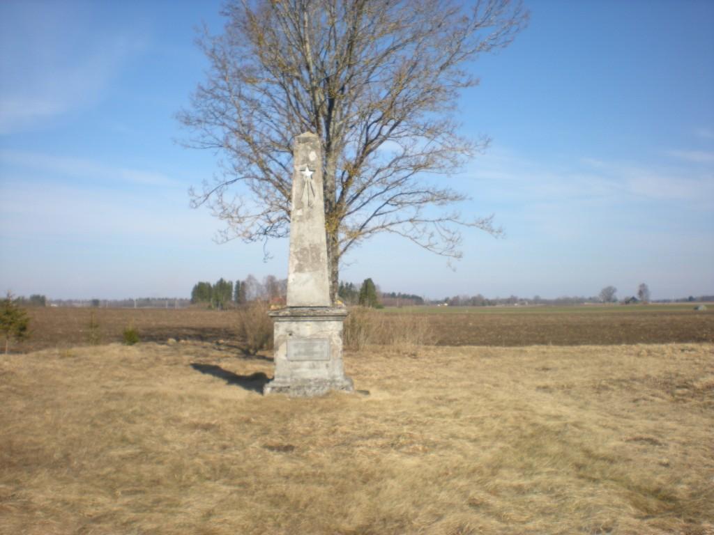 II maailmasõjas hukkunute ühishaud Tiit Schvede 2012