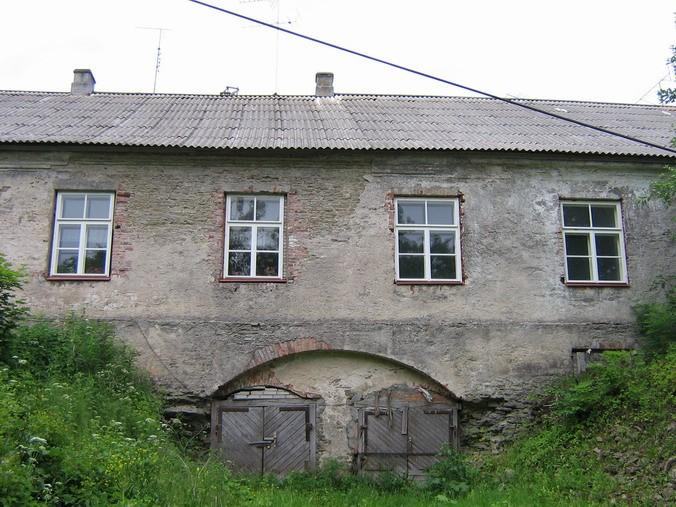 Malla mõisa valitsejamaja : 16021vaade põhjafassaadile keskmine osa.  Autor ANNE KALDAM  Kuupäev  28.06.2007