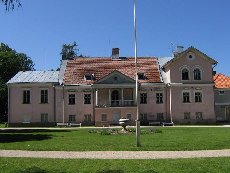 Vihula mõisa peahoone : 15952 vaade kagust  Autor ANNE KALDAM  Kuupäev  05.07.2007