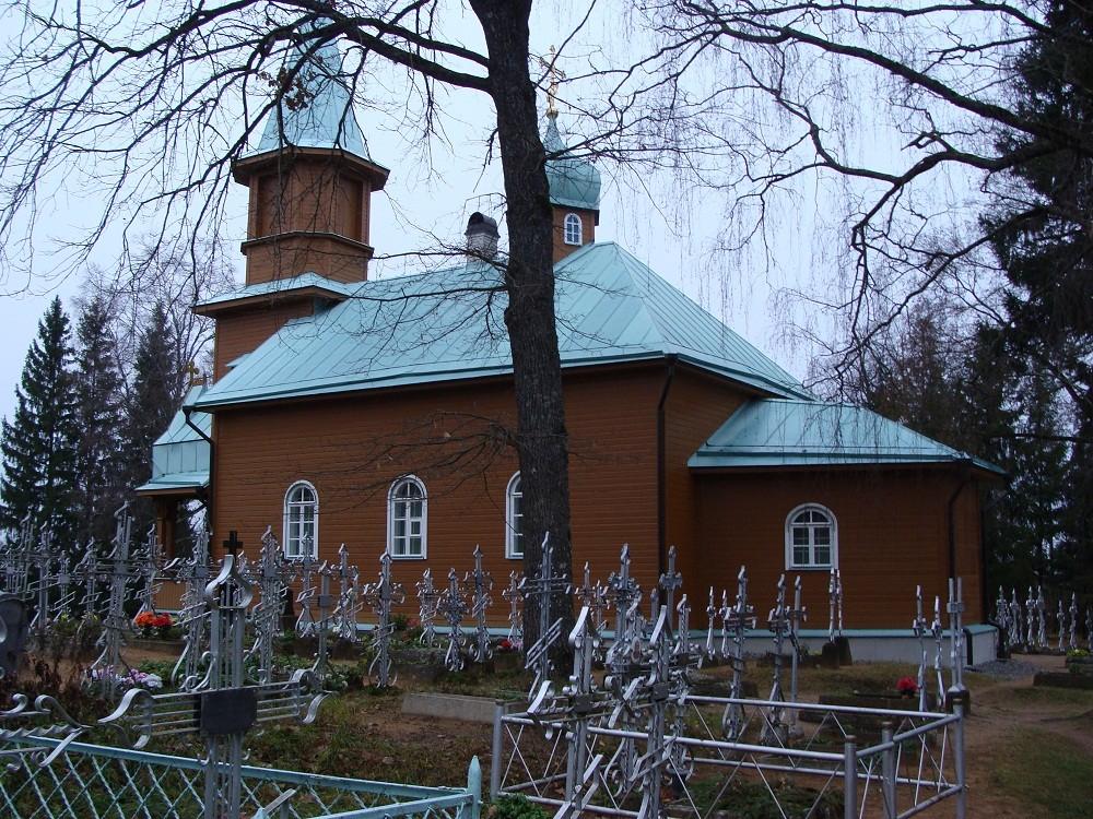 Kuremäe kloostri kalmistu kirik, 19.saj. 11.11.2011 Foto: Kalle Merilai