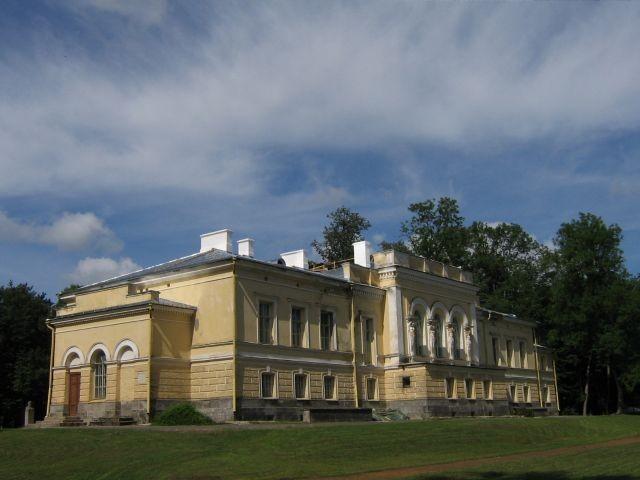 Muuga mõisa peahoone : 15705 vaade    edelast  Autor ANNE KALDAM  Kuupäev  12.07.2007