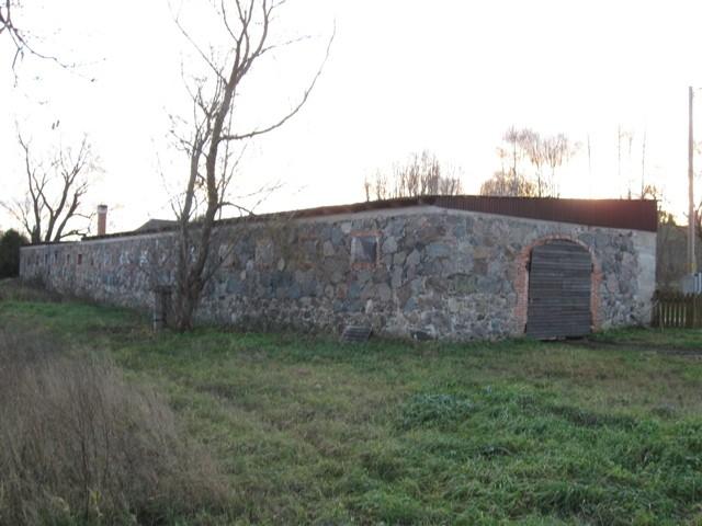 Sänna mõisa laut, 19 saj. Foto Tõnis Taavet, 15.11.2011.