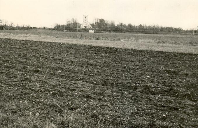 Asulakoht - läänest, E. Väljal, 11.okt.1984