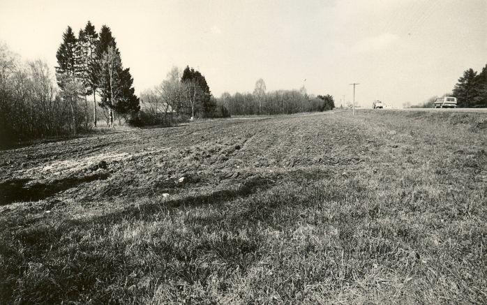 Maa-alune kalmistu.