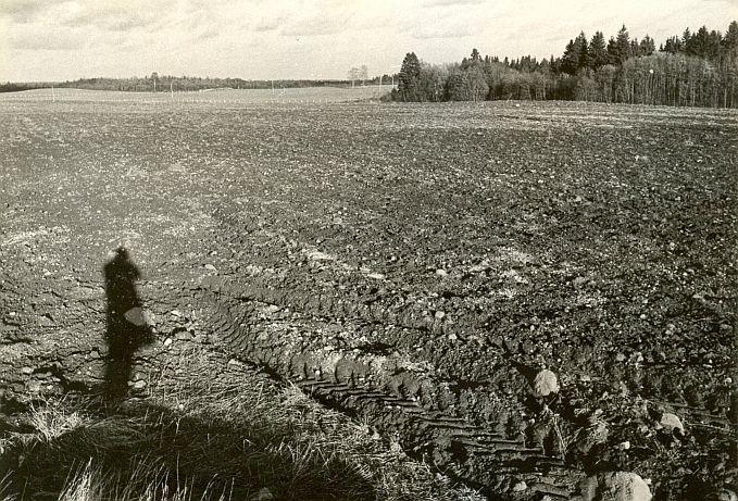 Asulakoht - läänest, E. Väljal, 24.okt.1987
