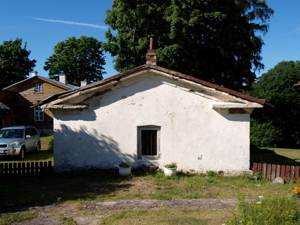 Ristna tuletorni kütuseladu 1, vaade edelast Foto Maarika Leis-Aste Kuupäev 19.07.2012