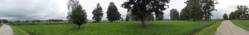 Tamuli I asulakoha panoraamfoto Roosisaare rippsillast kuni Jakobsoni kinnistuni. Foto: Karin Vimberg, 15.08.2012.