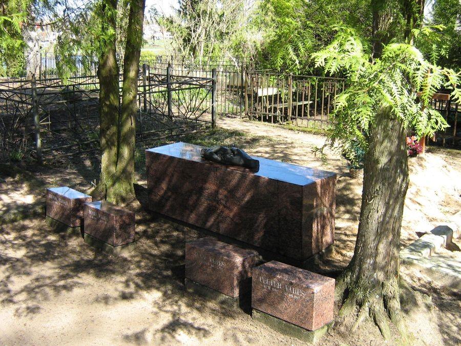 Valga Priimetsa kalmistu Autor M-L Paris 2012