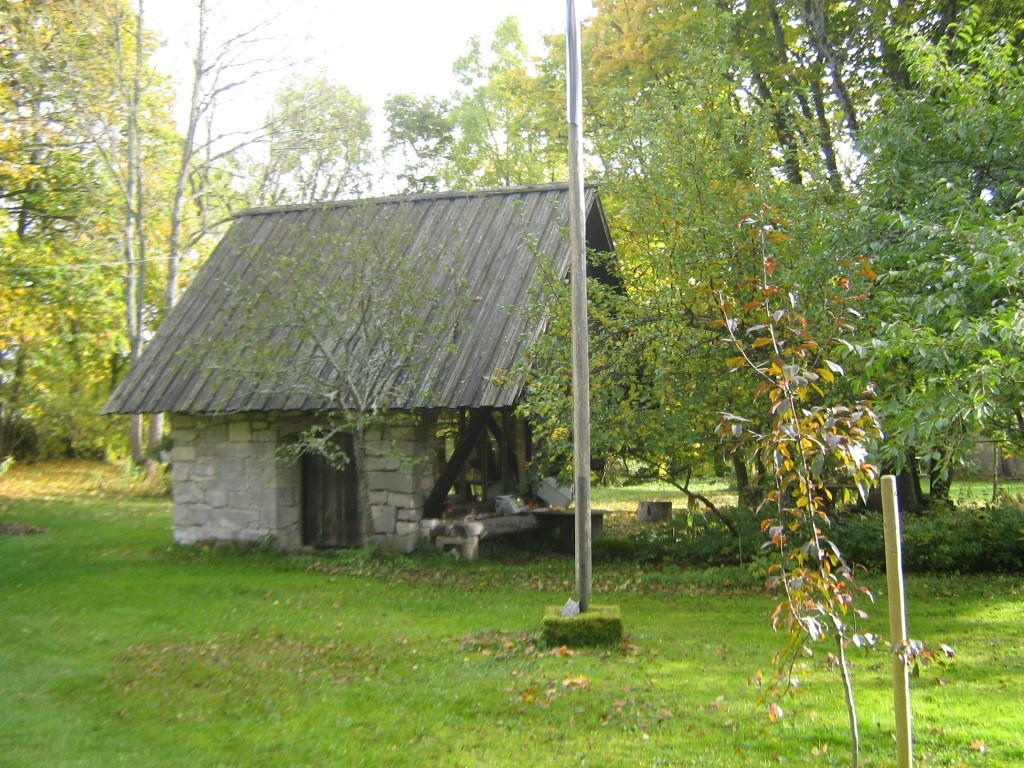 Jaagu talu ait. Foto: Rita Peirumaa, 12.oktoober 2012