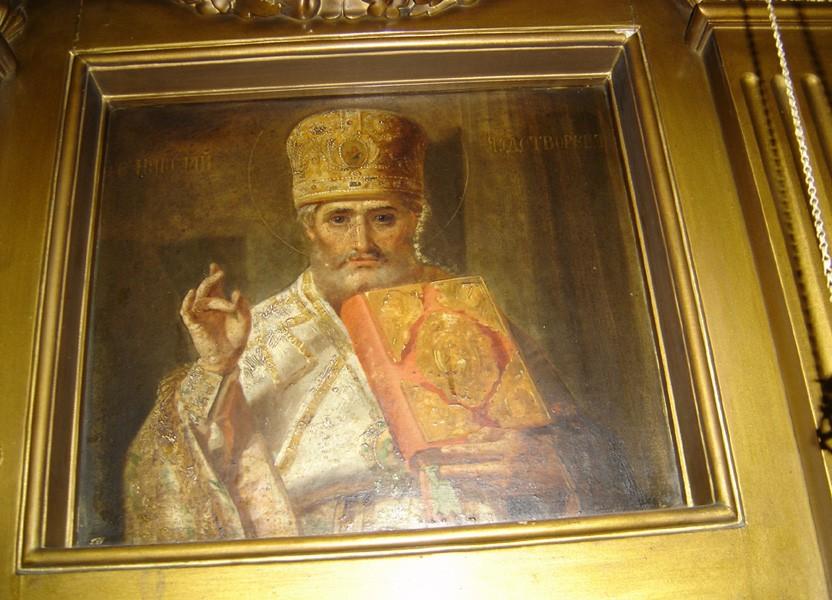 """Ikoon Nikolai Imetegija"""" ikonostaasil. 19. saj. (õli, lõuend). Foto: S.Simson 13.06.2006"""