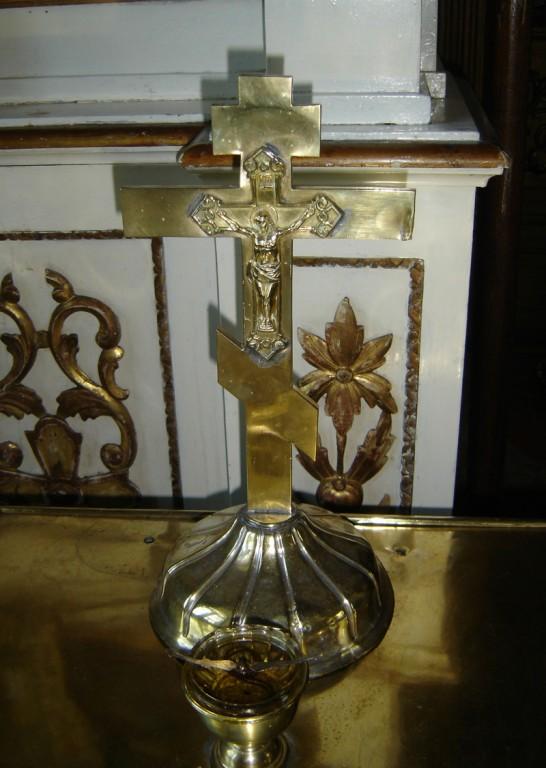 Rist Kristusega ristil. 19. saj. (messing, hõbetatud). Foto: S.Simson 13.06.2006