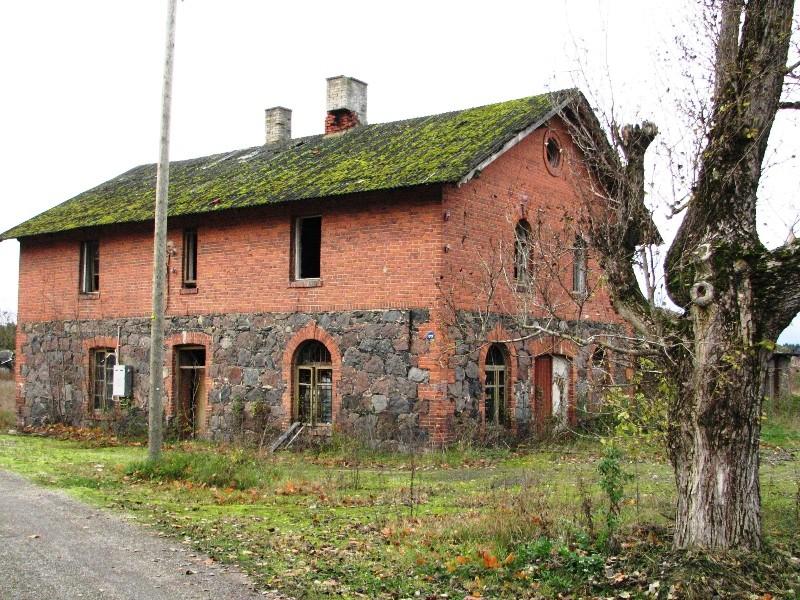 Veltsi mõisa moonakatemaja 1, vaade idast. Foto: M.Abel 24.10.12