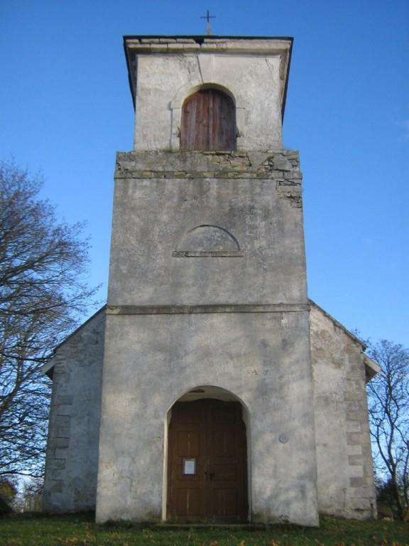 Jaani kirik torn, vaade lääne suunalt. Foto: Rita Peirumaa, 31.10.2012