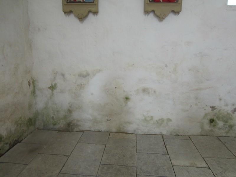 15661 Kadrina kirik, sisevaade pikihoone lõunaseina alaosale. 08.11.2012 Anne Kaldam