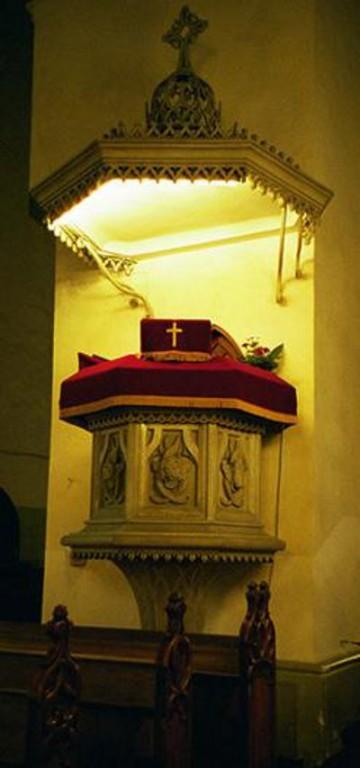 Kantsel. L. v. Maydell, J. G. Exner, 1839 (?) (Orgita kivi, graniit, puit, õlivärv) Foto: L.Krigoltoi, 2001