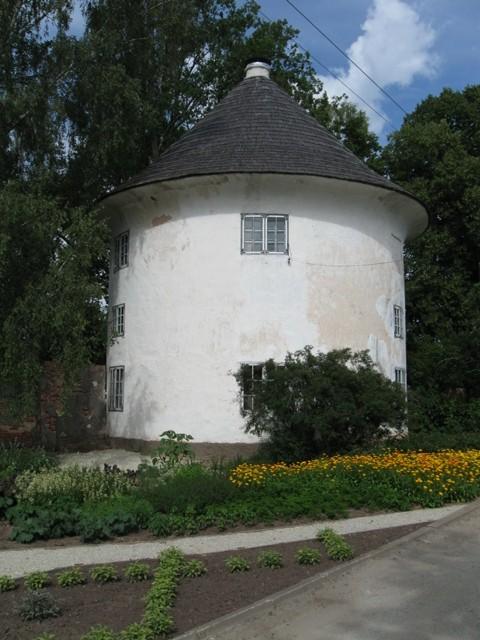 Vana-Antsla mõisa kärnerimaja, 19 saj. Foto Tõnis Taavet, 01.08.2012.