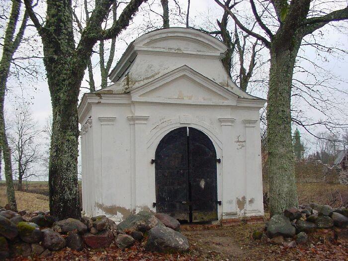 Karksi kabeli eestvaade Autor J.Vali    Kuupäev  28.11.2002