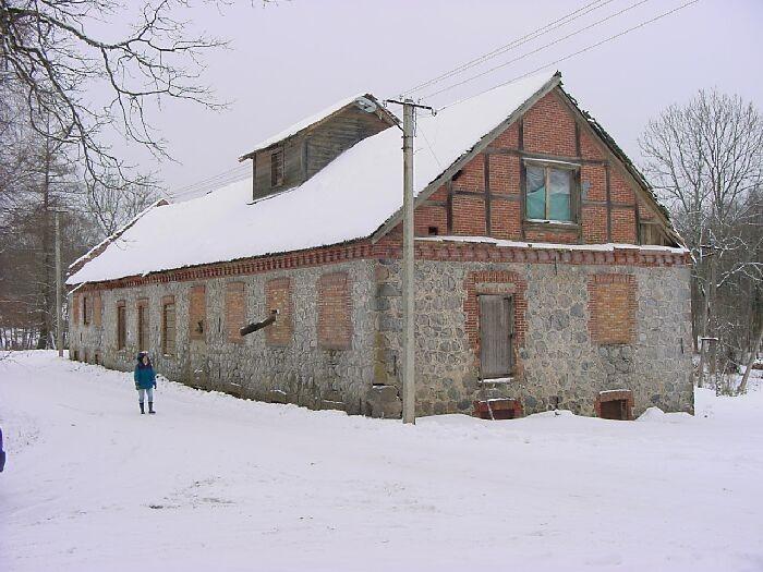 Pärsti mõisa vesiveski Foto Jaan Vali 21.01.2002