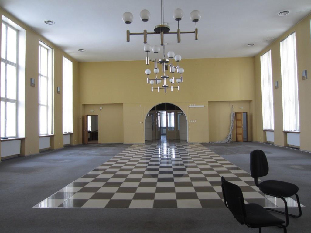 15738 Rakvere pangahoone, vaade seest, näha  II korruse saal  21.02.2013 Anne Kaldam