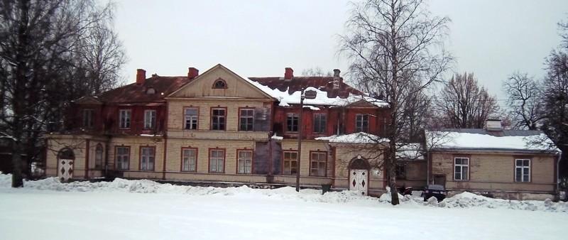 Kuusiku mõisa peahoone fassaadi vaade. Foto K. Klandorf 22.02.2013