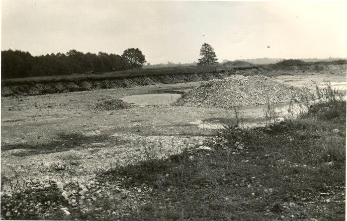 Maa-alune kalmistu. Foto: A. Sillasoo, 01.09.1974.