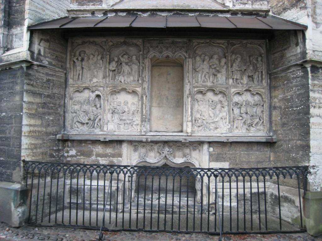 H. Pawelsi kenotaaf, H. Byldensnyder ja Clemens Pale, 1513-1516 (dolomiit, Märjamaa kivi) Foto: V.Leitsar 2008