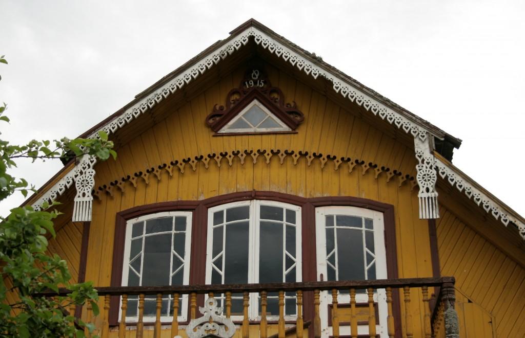 viilukaunistused maja põhjapoolses otsas. Foto: Heiki Pärdi 2005.a.