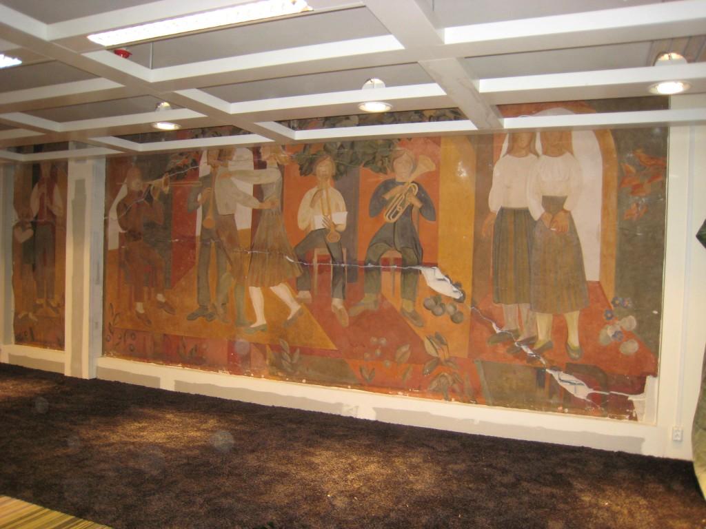 Pannoo, E. Jänes, 1977 (fresko). Seinamaalid jrkr nr 9-10, säilinud. Foto V. Leitsar, 2009.