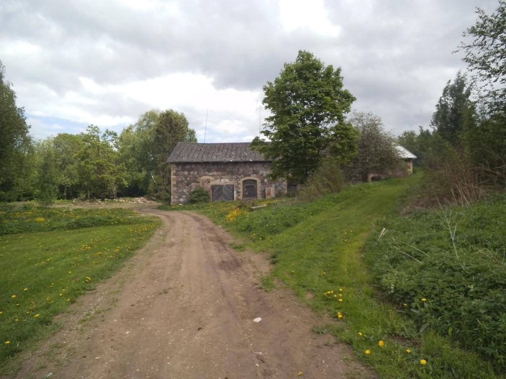 Mõdriku mõisa kuivati, reg. nr. 15994. Vaade läänest. Foto: M.Abel, kp. 27.05.13