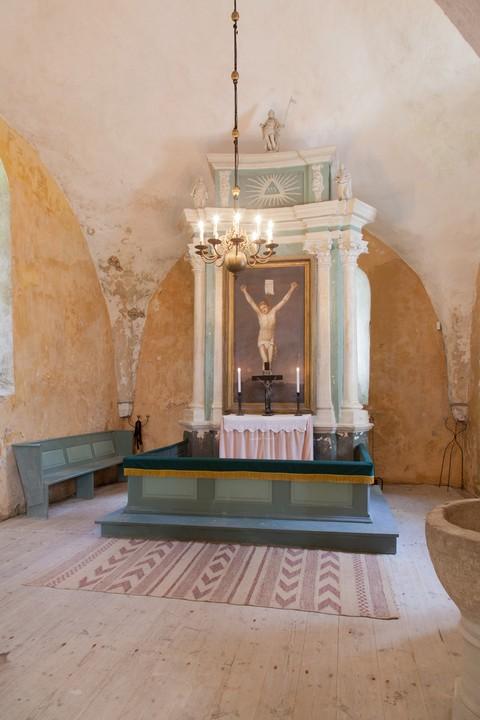 Altarisein. Figuurid Chr. Ackermann, 1700(?), korpus, 1787 (puit, polükroomia, dolomiit) Foto: Tõnis Nurk 18.06.2013