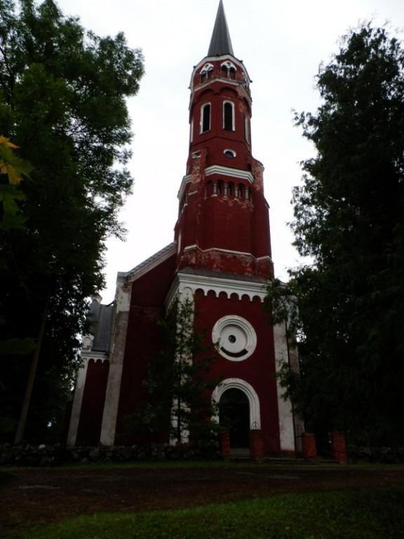 Vaade kiriku tornile. Foto: Anne Kivi, 30.07.2013