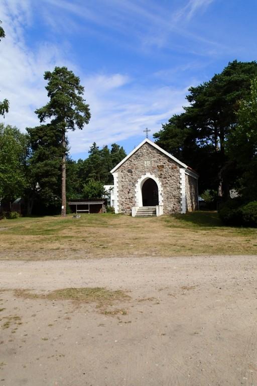 Käsmu Dellingshauseni matusekabel, reg. nr. 16072. Vaade lõunast. Foto: M.Abel, kp. 30.07.2013