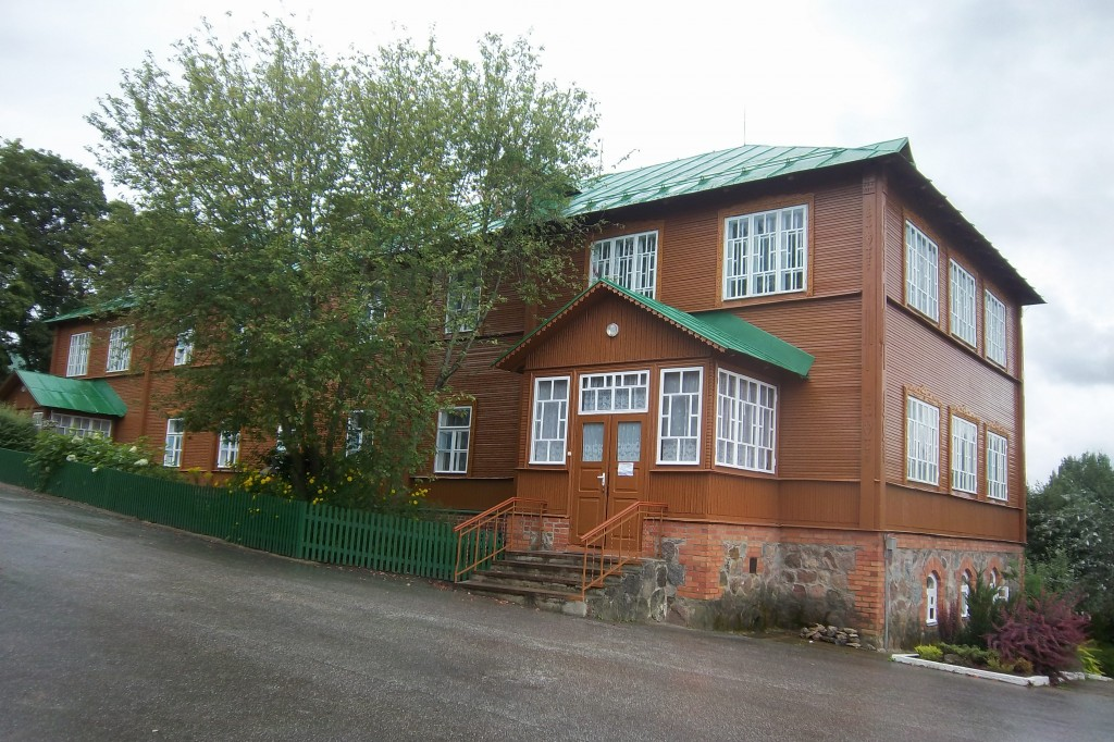 Kuremäe kloostri võõrastemaja, 19.saj. Vaade kirdest. Foto: Kalle Merilai 02.08.2013.a.