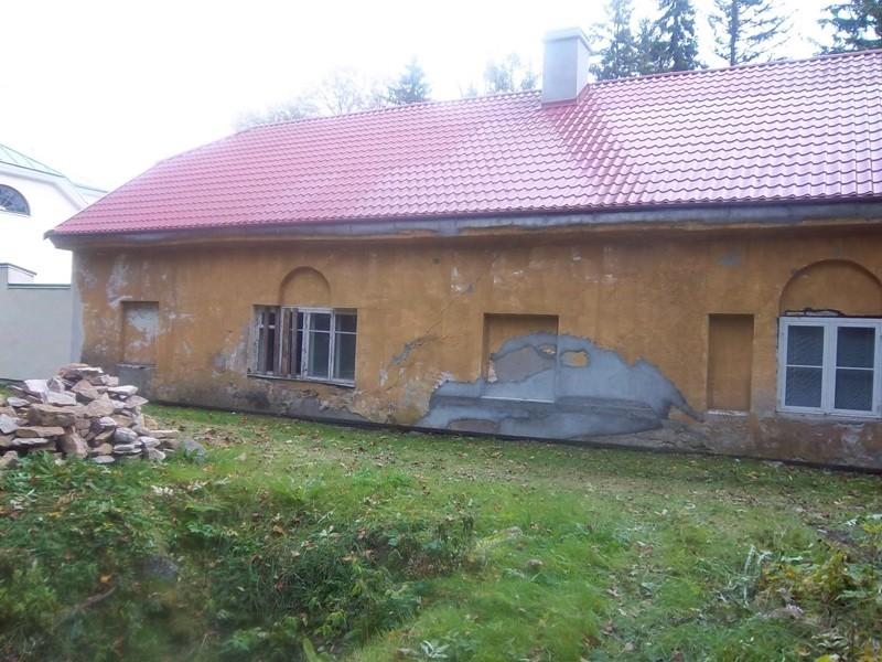 Seli mõisa teenijatemaja tagakülg. K. Klandorf 01.10.2013.