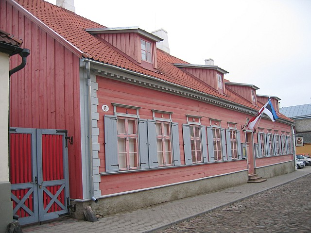 Lutsu 8 fassaad  Autor Egle Tamm  Kuupäev  22.11.2007