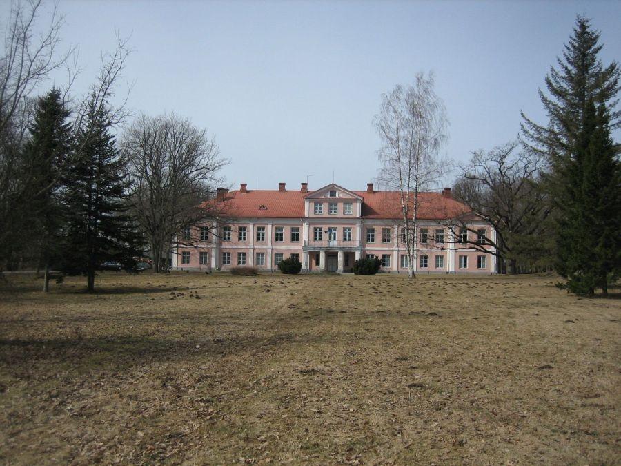 esiväljak  Autor S. Konsa  Kuupäev  20.04.2006