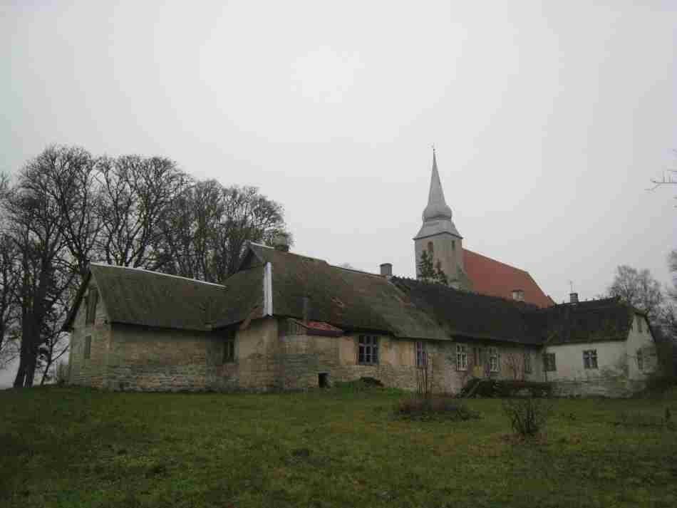 Pastoraat ja kirik. Foto: R. Peirumaa. Kuupäev  22.11.2007