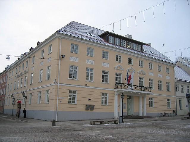 Raekoja plats 3  Autor Egle Tamm  Kuupäev  24.01.2008