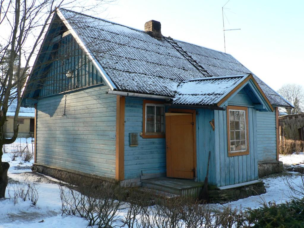 Käravete mõisa koertemaja (vaade kirdest)  Autor Tavo Tamm  Kuupäev  28.01.2008