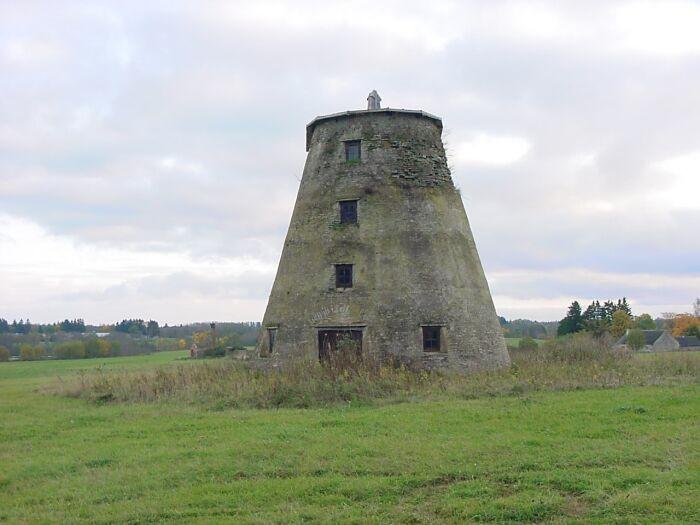 15975 Vihula mõisa tuuleveski,